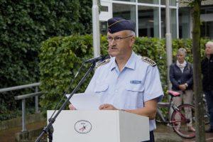 Der Vorsitzende des Fördervereins, Oberstabsfeldwebel Paul Hicks, rief dazu auf, den Frieden in Europa nicht leichtfertig zu verspielen.